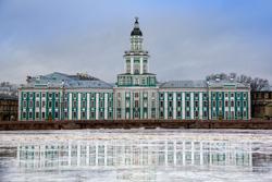 Музей Кунсткамера в Санкт-Петербурге