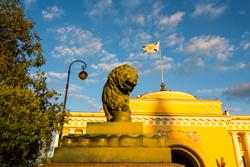 Дворцовые Львы Петербурга
