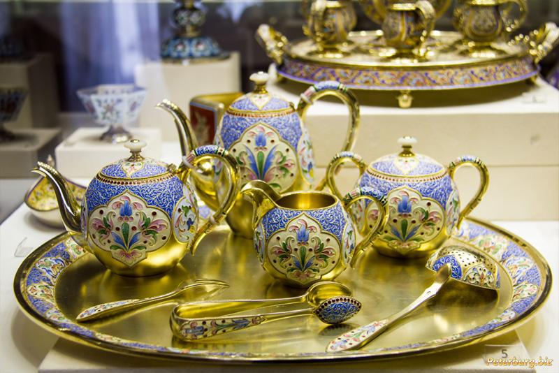 Музей Фаберже в Санкт-Петербурге - Бежевая гостиная