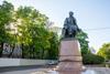 Памятник Ломоносову в Петербурге